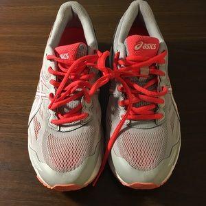 Asics Womens Sz 8 GT-1000 5 Running Shoes